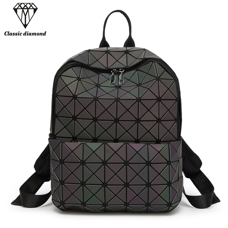 AOU Hot Women Backpack Laser Luminous Mini Geometric Plaid Backpacks For Teenage Girls Bagpack Holographic Female Bao School Bag ipinee women backpack feminine geometric plaid denim female backpacks for teenage girls bagpack drawstring bag holographic