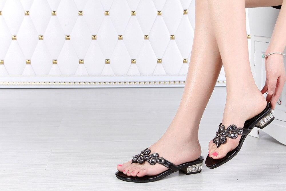 Nouvelles tongs en cristal d'été de haute qualité épaisses avec des chaussures à talons hauts bas chaussons pour femmes tongs en strass - 5