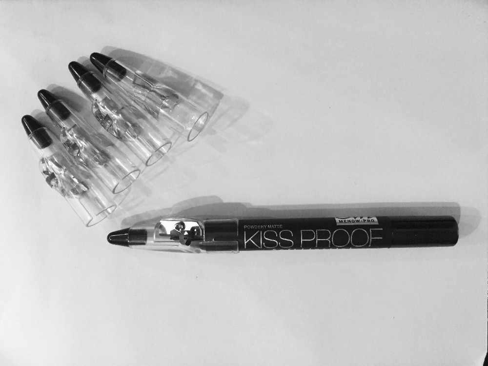 1 adet ruj kalem kalemtıraş öpücük geçirmez ruj orijinal Makyaj kozmetik araçları
