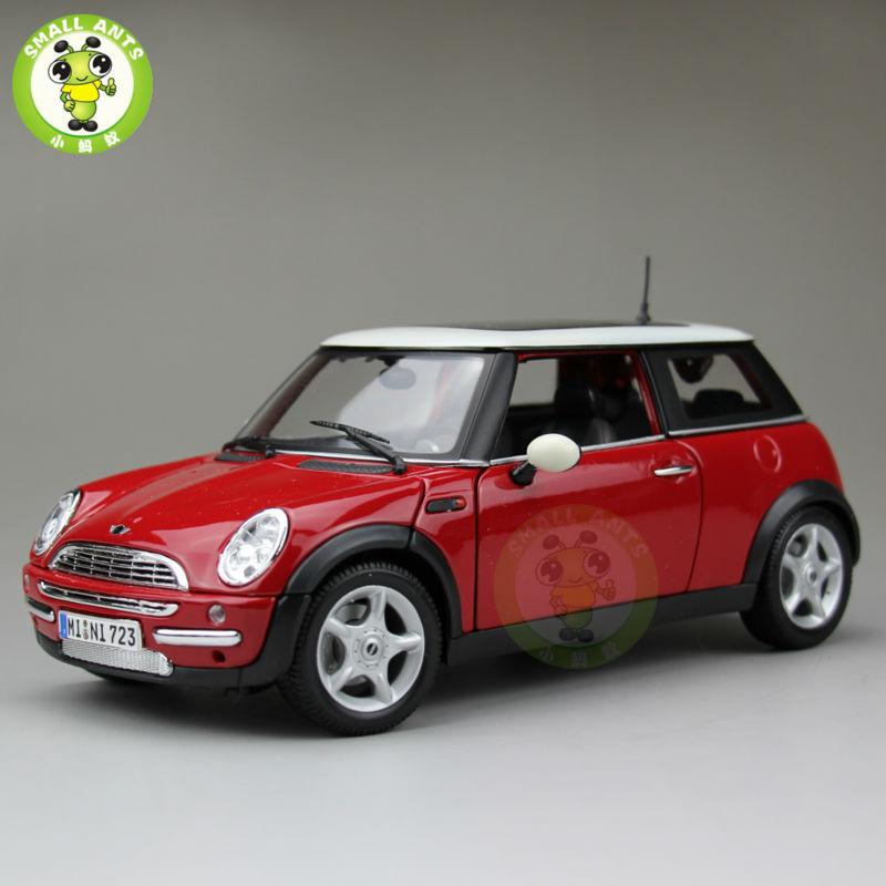 ФОТО 1:18 Scale Mini Cooper Sun Roof Diecast Car Model Red&White Maisto 31656