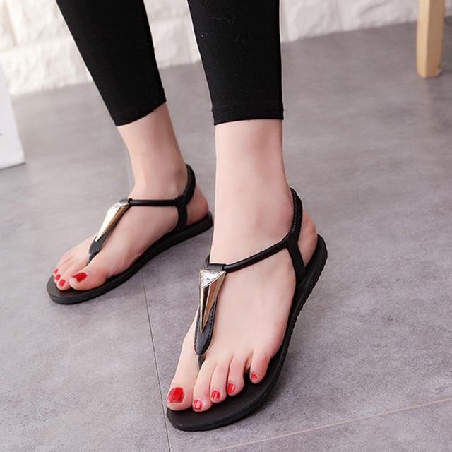 Indira 2017 Simple Design Women Flat Shoes Diamonds Bohemia Leisure Lady  Fashion Sandals mujer Peep-Toe Outdoor Shoes Female 66459034d