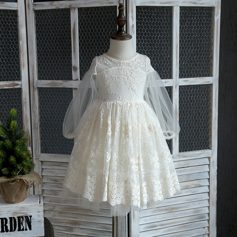 ФОТО Girls Dress 2017 Spring New Sweet Children Lace Princess  Children's Clothing Embroidery Lantern Sleeves