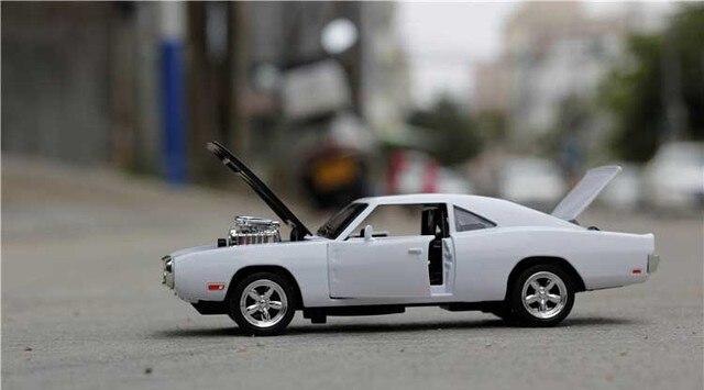 The Fast And The Furious Dodge Charger Сплава Автомобилей Модели Бесплатная Доставка Детские Игрушки Оптом Четыре Цвета Металла Классических Автомобилей