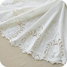 O envio gratuito de alta qualidade algodão branco pano bilateral bordado laço tecido largura 130 cm rs295