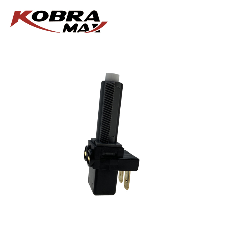 KobraMax Brake Light Switch clutch Switch A0015452409 for Mercedes Benz Auto Parts in Car Switches Relays from Automobiles Motorcycles