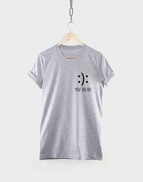 f3f6f3cbc617 Feliz Camiseta Usted Decide Elegir La Felicidad Sonriente Cara Emoji  Bolsillo T Shirt negro gris rosa