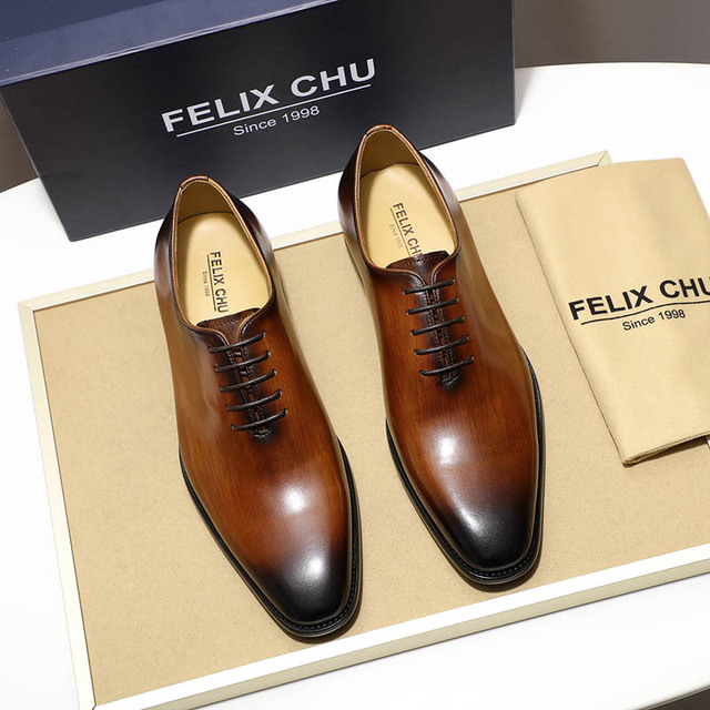 Luxury Brand Designer Genuine Leather Mens Wholecut Oxford Shoes For Men Black Brown Dress Shoes Business Office Formal Shoes