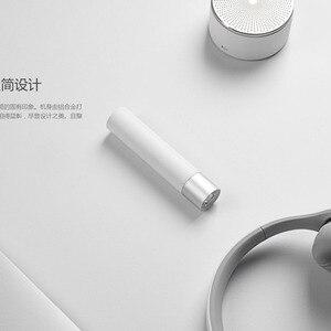 Image 5 - Xiaomiポータブル懐中電灯11調整可能な輝度モードで回転可能なランプヘッド3350 5000mahの屋外リチウム電池usb充電