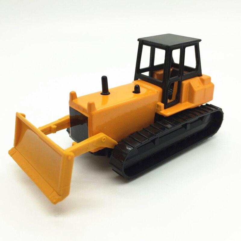 Free standard postage 1 64 Alloy car model Snow shoveling kids toys Children like the gift