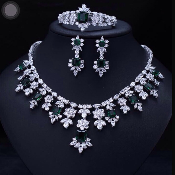 Green BRILLIANT CRYSTAL ZIRCON EARRINGS NECKLACE BRACELET Bridal JEWELRY SET WEDDING DRESS ACCESSARIES FULL SETS emmaya luxury zircon bridal wedding jewelry sets zirconia necklace earrings bracelet full set for women party