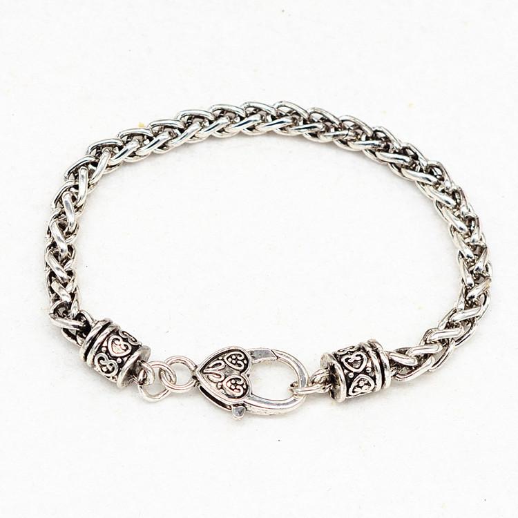 HTB1sFvZPFXXXXc XVXXq6xXFXXX1 - Bracelet with Heart Shaped Charm 'Mom'
