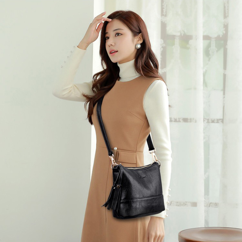 Image 2 - Women Minimalist Shoulder Bags High Quality PU Leather Solid Color Messenger Bag With Tassel Decoration Double Shoulder StrapShoulder Bags   -