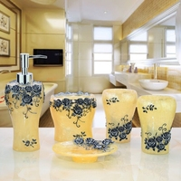 Resin Cup Brush Bathroom Set Luxurious Fashion Resin 5 Pieces Holder Bath Gel Bottle Soap Toothbrush Holder Mouth Christmas
