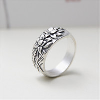 JINSE Simple Black Retro S925 Sterling Silver Flower Open Ring Wide Design To Give The Woman