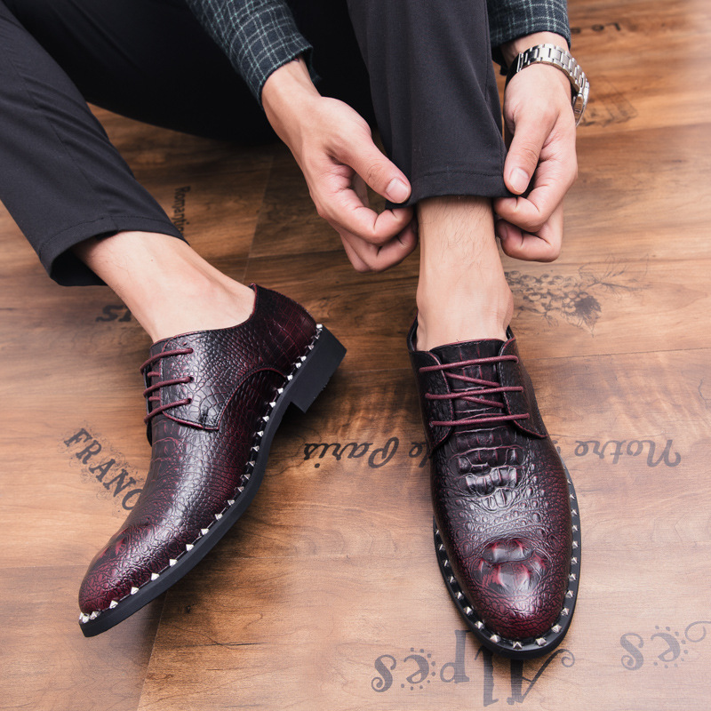 Men 39 s British style crocodile pattern casual business pointed head Royal style wedding black dress shoes Red Pointed Toe Flats in Formal Shoes from Shoes