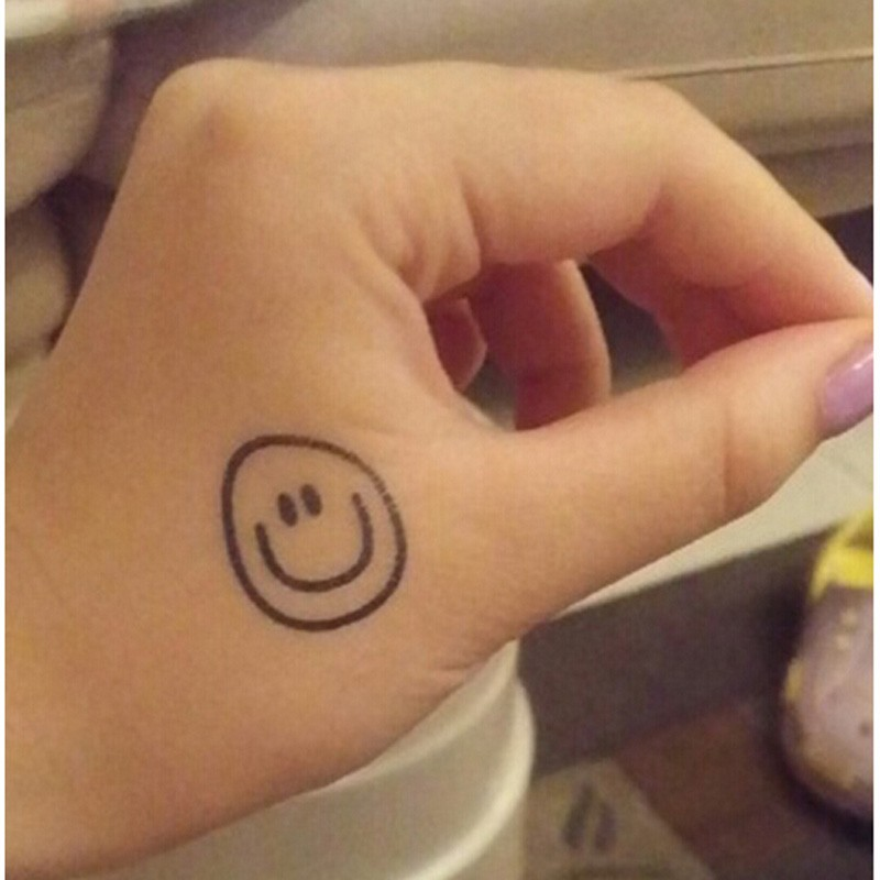 Bittb 10pcs Cute Smiley Face Design Waterproof Temporary Tattoo Hand