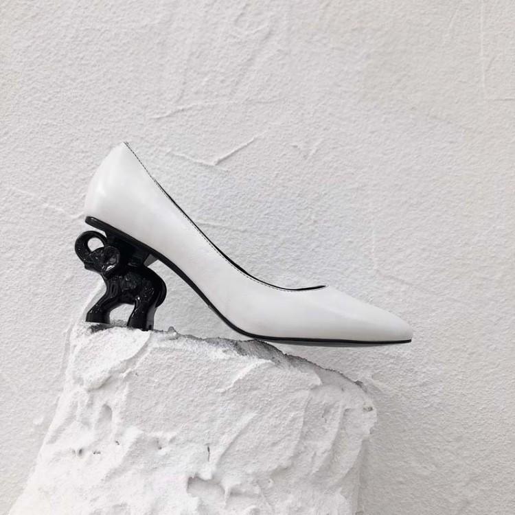 Blanc Femmes Peu Partie Talon Noir Événement Haute Défilé Talons Sur Slip Mode Étrange En Pompes Profonde De Éléphant Chaussures Véritable Cuir wSa78qE