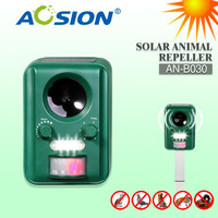 Aosion Outdoor Use Solar Ultrasonic Dog Cat Animal Repeller Chaser Battery Operated With Rechargeable Battery AN