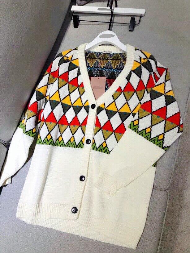 Marque de luxe chandail tricoté pour les femmes Vintage col en V diamant treillis couleur correspondant Cardigans tricotés Beige - 2