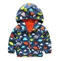 2016 Outono Crianças Jaqueta Meninos meninas dinossauro de Impressão Do Bebê Meninos Outerwear & Casacos 2-5 Anos Crianças Blusão Impermeável roupas