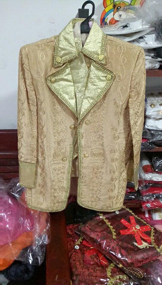 Hommes vin rouge/violet/marron broderie costume médiéval vintage période costume veste, gilet avec pantalon costume prince william costume événement costume
