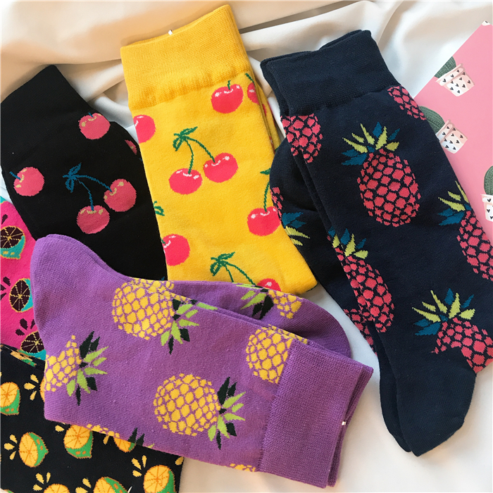 2018 Popular Couple Socks Star Pattern Socks Long Crew Mens Socks Happy Socks