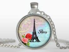 2017 new hot Paris Eiffel Tower Pendant Souvenir Postal Card letters Pendants necklace Red flowers necklace Women Jewelry HZ1