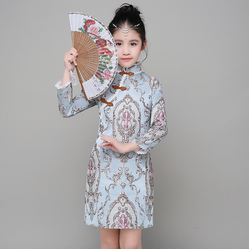 2017 winter girls traditional Chinese dresses toddler baby girls qipao chinese year dress thicken warm embroidery cheongsam chinese style traditional girls winter dress child tang suit embroidery cheongsam dresses robe baby qipao for new year dresses