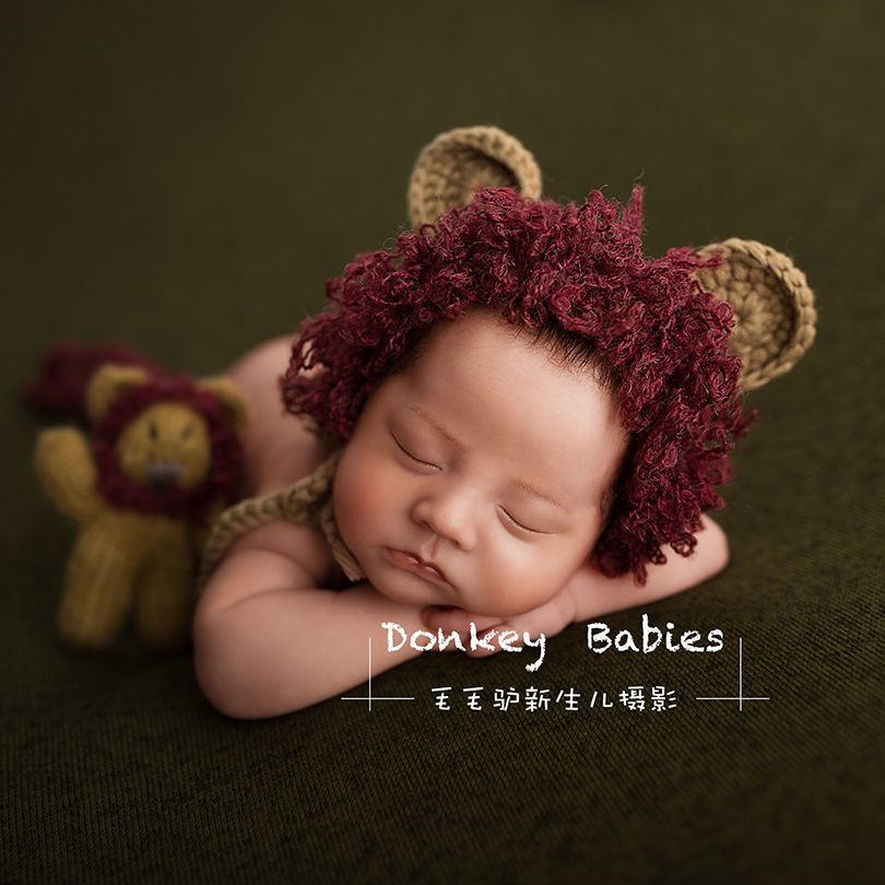 7eb62d74a2b Cream Newborn Lion hat toy set Baby boy hat Photography Stuffed Animal  Knitted Infant Teddy bear Bunny Outfit photo props-in Hats   Caps from  Mother   Kids ...
