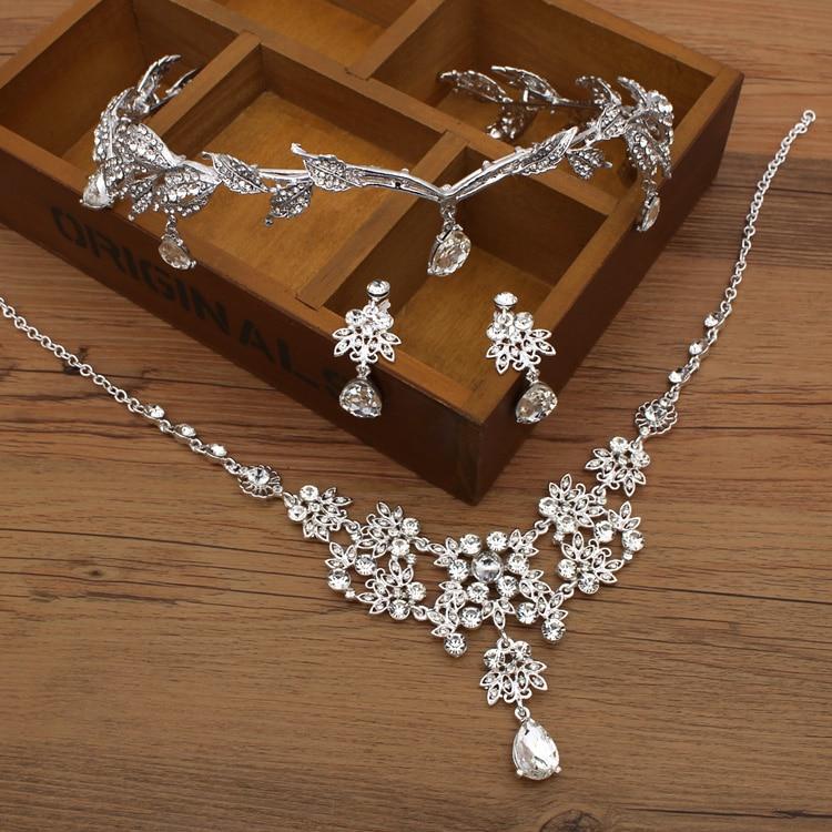 Krone berühmte Marke 3 Stück Kopfbedeckung + Ohrringe + Halskette - Modeschmuck - Foto 1