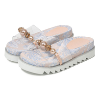 Platform Slippers Women Summer Shoes Crystal Transoarent Shoes Flat Pearl Ladies Shoes 2019 New Outdoor Slides PVC Fashion Shoes
