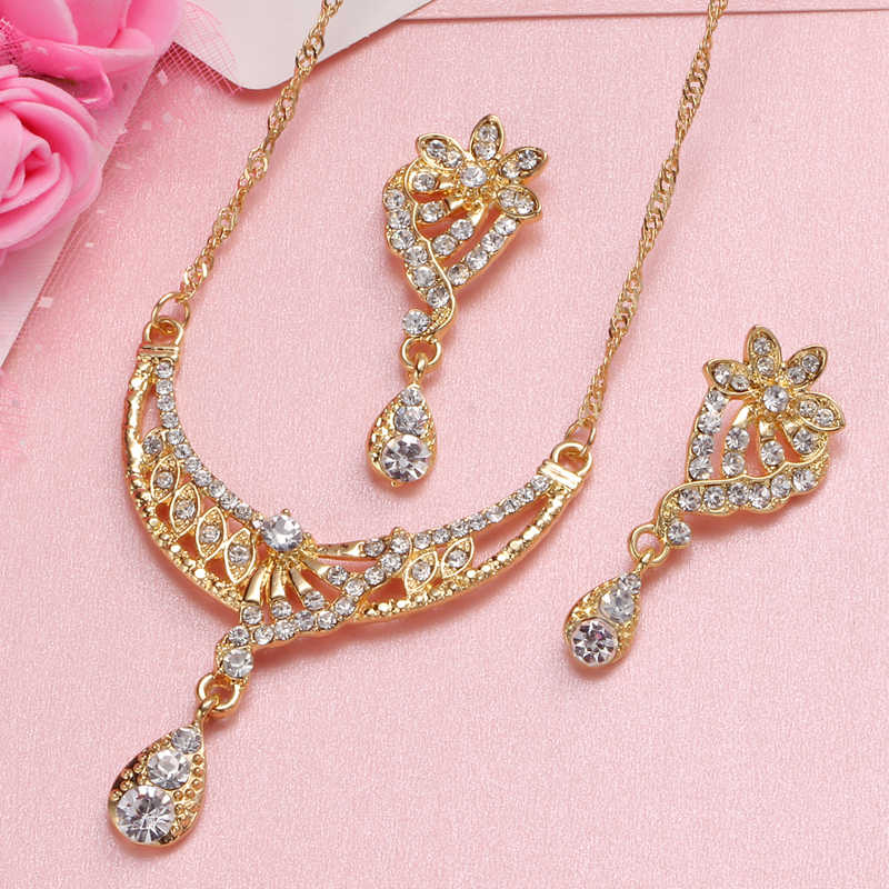 2019 Africano Insieme Dei Monili In Oro Dubai Set gioielli d'argento Per Le Donne Perline di Cristallo Da Sposa Insieme Dei Monili di Costume Da Sposa Gioielli