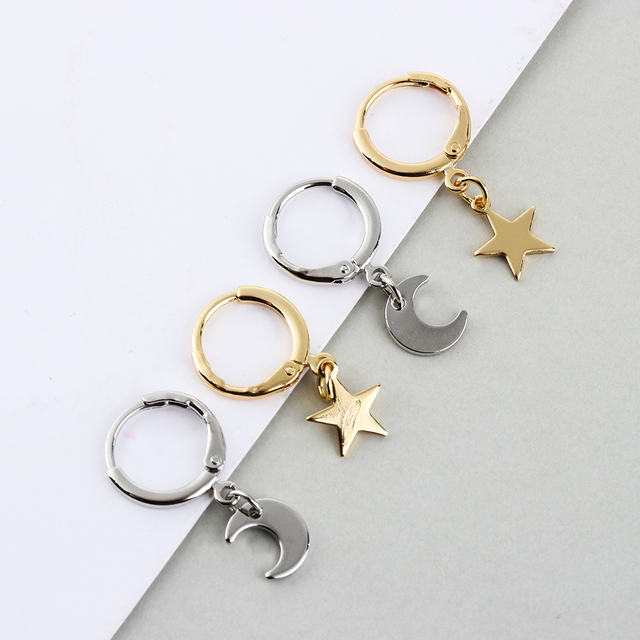 Newest  Elegant 1 Pair Gold Color Small Star Tiny Moon Charms Hoop Earrings for Women Ear Piercing Earrings Simple Jewelry Gifts