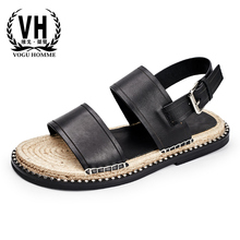 купить Summer thick bottom Roman sandals mens breathable buckle casual Leather slippers personality straw anti-skid outdoor shoes men дешево