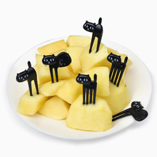 6pcs/set Black Cat Fruit Forks Snack Dessert Forks PP Plastic Food Pick Fork Sign Bento Accessories Kitchen Utensils anya d596 creative peking opera facial mask pattern plastic food fruit forks multicolored 12 pcs