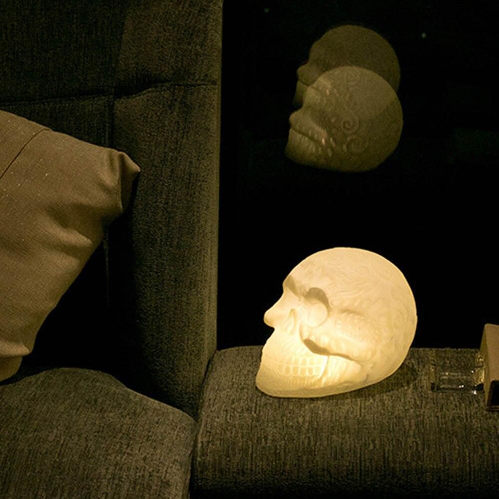 Halloween Decoratieve Led Schedel Licht Kleur Veranderende Lamp Punisher Hologram Illusion Bureaulamp Speciale Speelgoed Voor Party Supply Licht Helder En Doorschijnend Qua Uiterlijk
