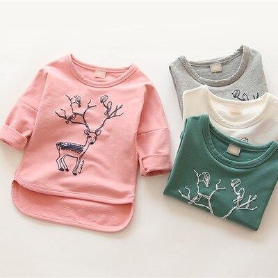 2016 весна осень новый дети малыша тройники девушки с длинным рукавом свободного покроя футболки девушки парни мультфильм олень хлопка блузка топы