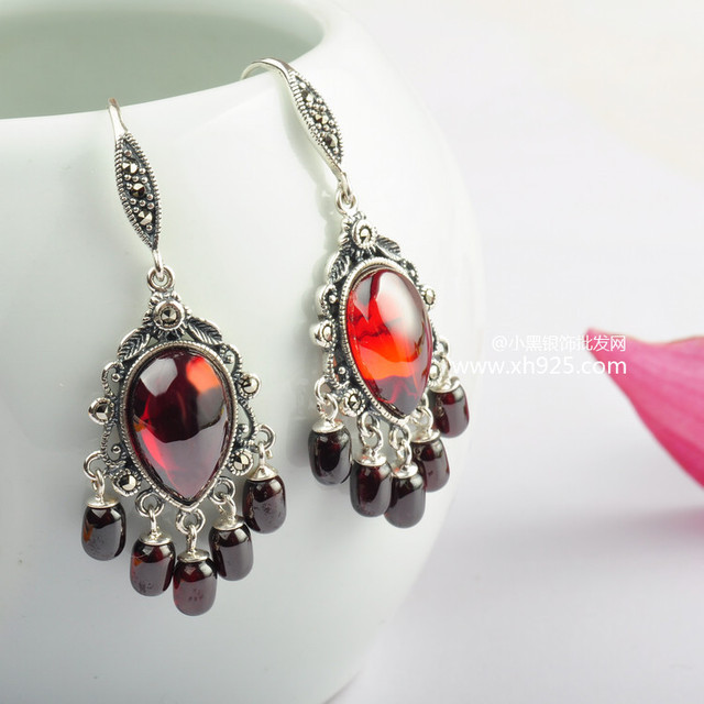 Black silver jewelry wholesale 925 Sterling Silver Jewelry Silver Garnet tassel retro Earrings 017283
