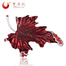 Mzc Baru Fashion Merah Maple Daun Bros Pin Femal Bros Austria Crystal Bros Aksesoris Perhiasan Mujer Kerah Pin X0834(China)