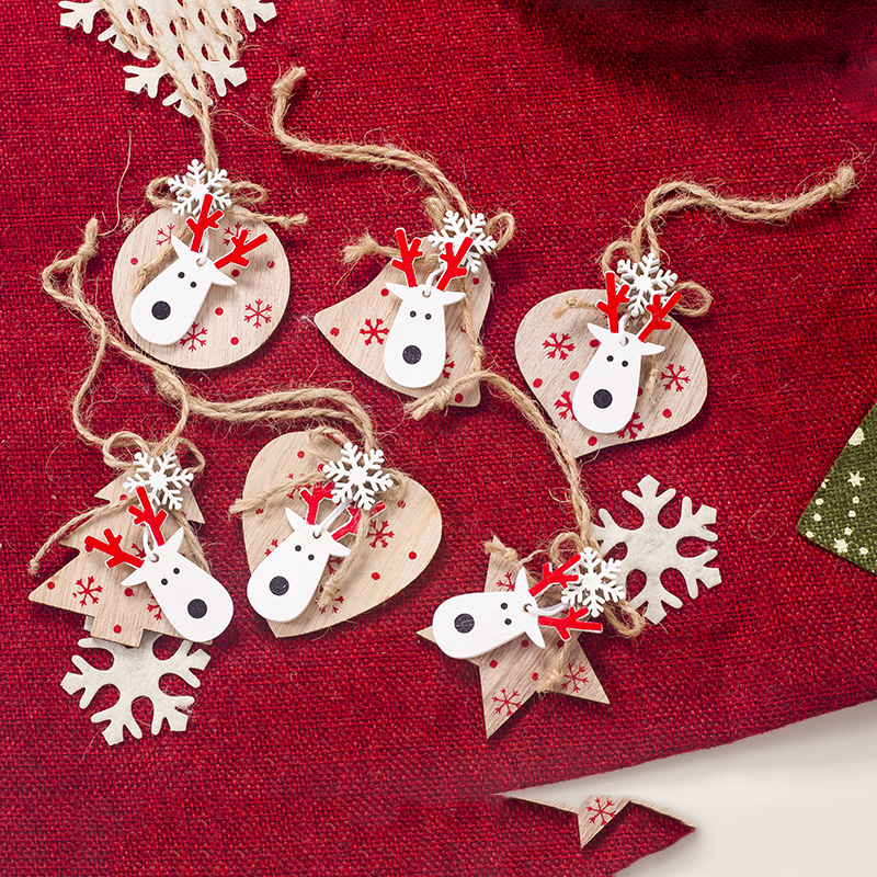 Cute Wooden Craft Christmas Tree Decor Hanging Pendant Elk Snowflake Ornament Christmas Decoration For Home Xmas Party Red White Outside Christmas Decoration Outside Christmas Decorations From Nanfang2016 1 39 Dhgate Com