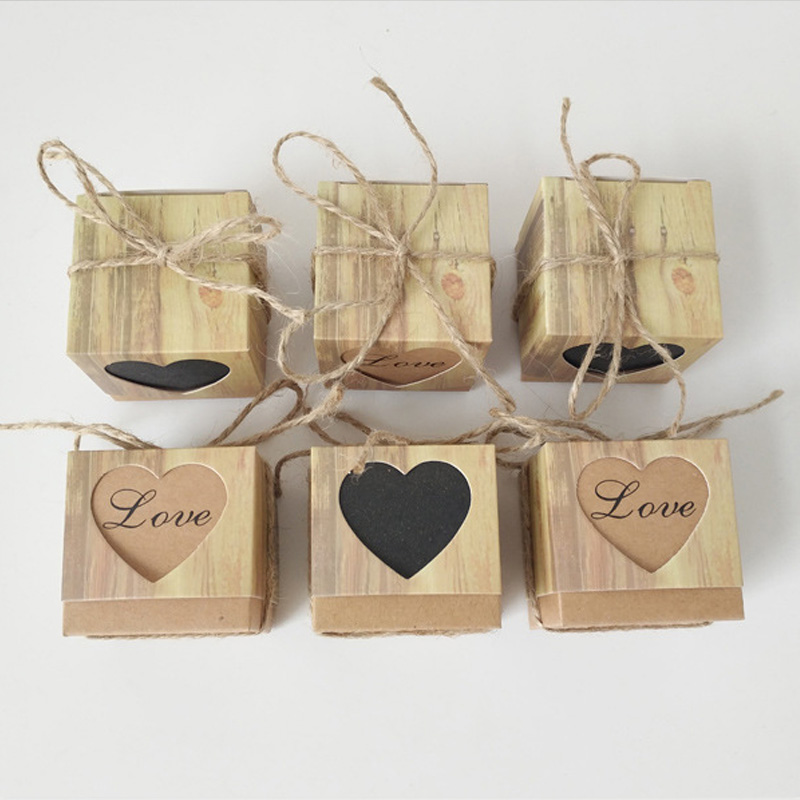 10pcs/lot Love Christmas Candy Box Romantic Heart Kraft Gift Bag With Burlap Twine Chic Wedding Favors Gift Box Supplies 5x5x5cm10pcs/lot Love Christmas Candy Box Romantic Heart Kraft Gift Bag With Burlap Twine Chic Wedding Favors Gift Box Supplies 5x5x5cm