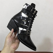 Bota feminina botas de tornozelo preto para as mulheres rendas até fivela do punk botas de chuva das senhoras sapatos da moda botas de cowboy designer de mulher sapatos