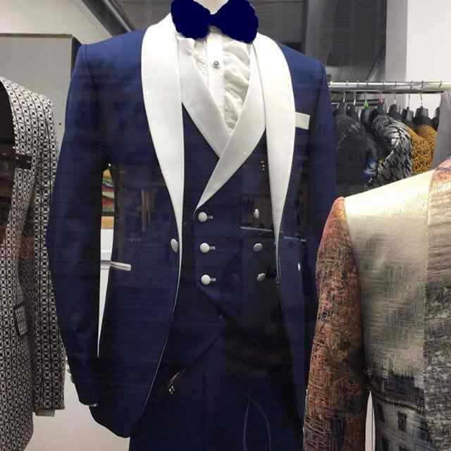 2019 Fashionable Navy Blue Mens Dinner Party Prom Suits Groom Tuxedos Groomsmen Wedding Blazer Suits (Jacket+Pants+Vest+Tie)