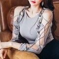 Primavera nueva gris ajustado que basa la camisa sexy strapless hollow estilo corto del vendaje del color sólido femenino de manga larga de encaje tops MZ1295