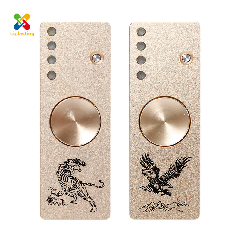 Creative cigarette lighter USB LED Fidget Spinner Metal tiger eagle Alloy Tri Spinner Hand Spinner with