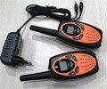 большие расстояния vox двойной канал монитор пмр/фрс радио walkie talkie пара с 121 индивидуальный код + зарядное устройство( оранжевый) бесплатная доставка!!!