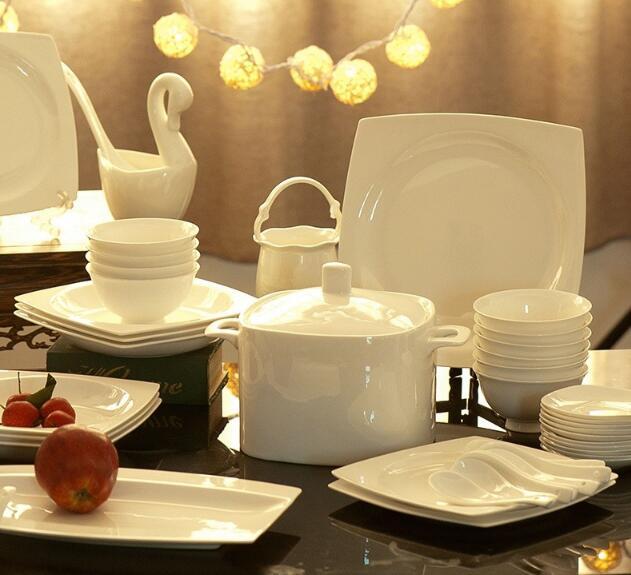 freies verschiffen geschirr set keramik bone china 58 st cke luxus jingdezhen geschirr set. Black Bedroom Furniture Sets. Home Design Ideas