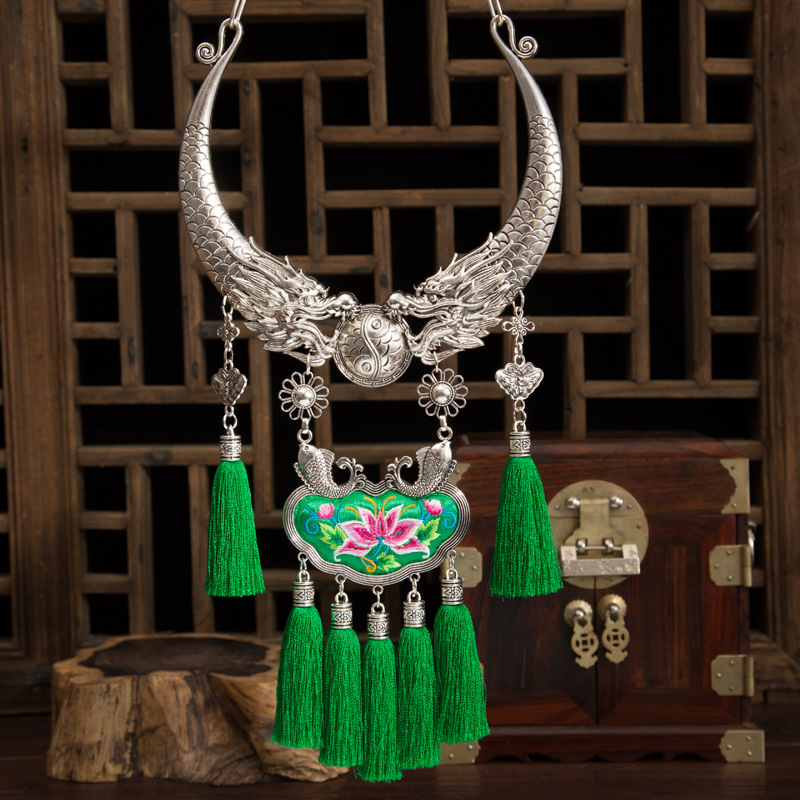 necklaces & pendants Bohemia Tassels Embroidery necklace Retro Ethnic exaggeration pendants Miao silver Two dragons Collar