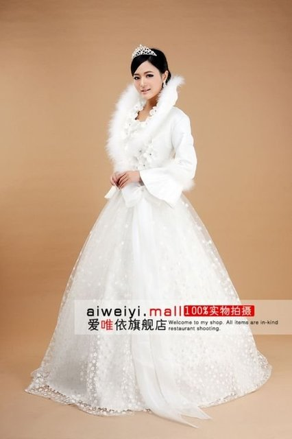 Free Shipping Wholesale Discount 2011 Popular Elegant modest satin wedding dresses with sleeves / winter wedding gowns