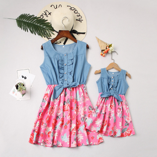 VearDoller Mommy and Me Matching Clothes Flower Patching Sleeveless Ruffles Dress Fashion Mother Daughter Denim Dresses